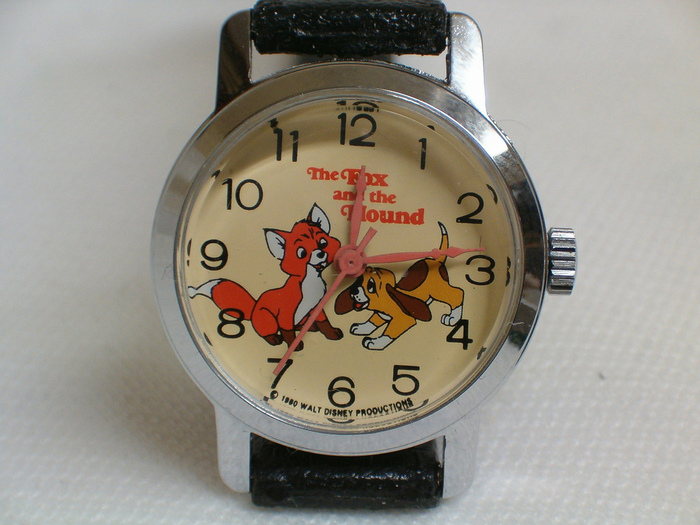 Vintage%20%22The%20Fox%20and%20the%20Hound%22%20Disney%20Character%20Watch%20by%20Bradley%20Time,%20Manual%20Wind,%20Circa%201980.jpg