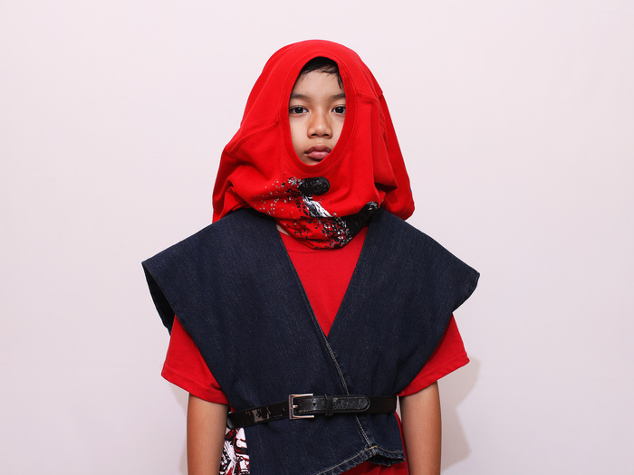 Dress%20Like%20a%20Ninja%20for%20Halloween%20Step%208.jpg
